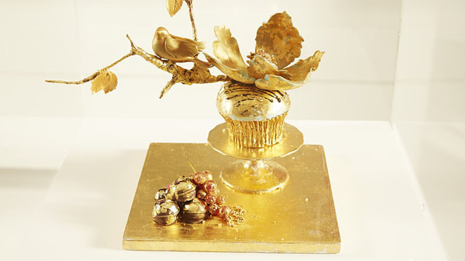 This $900 Cupcake Is Worth More Than the Entire Crumbs ...