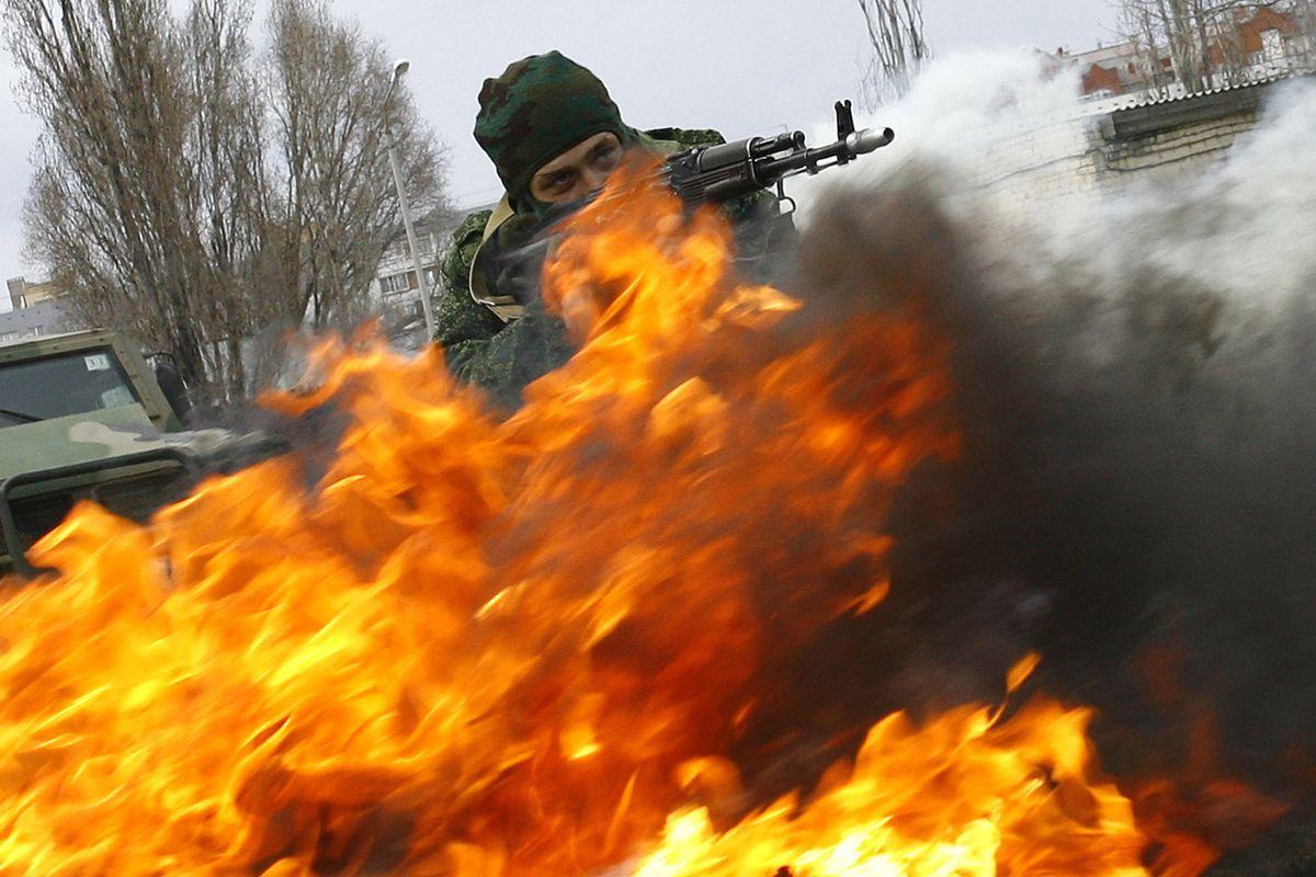 Russian troops train near Ukraine on April 4th, 2014.