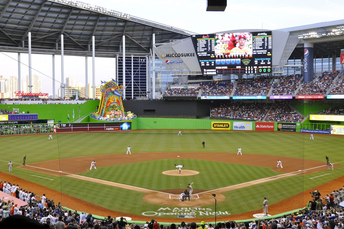 ae984498567 Where to Eat at Marlins Park