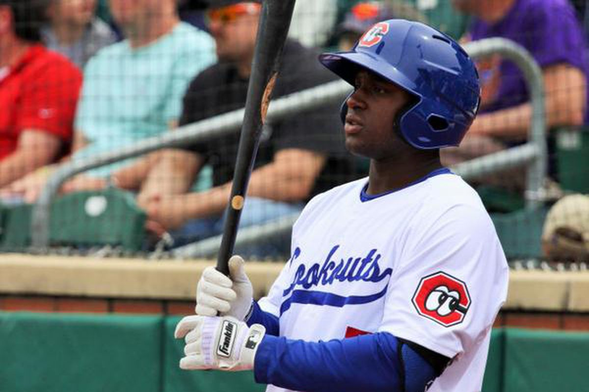 O'Koyea Dickson helped the Lookouts sweep the Biscuits
