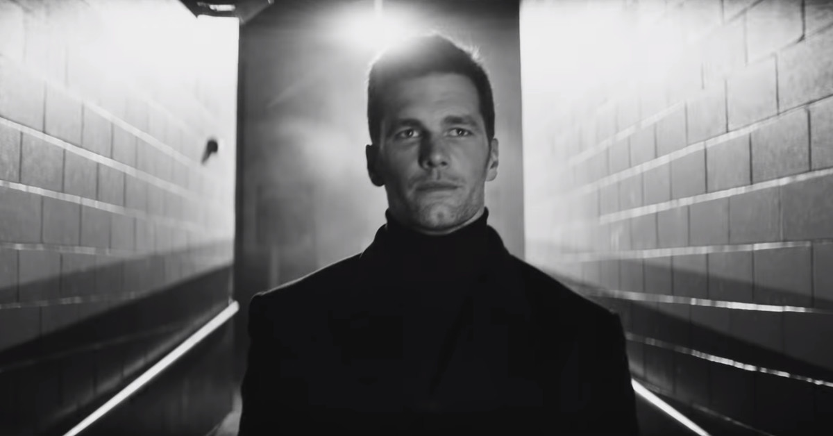 Hulu's Super Bowl commercial was as corny and fake as Tom Brady