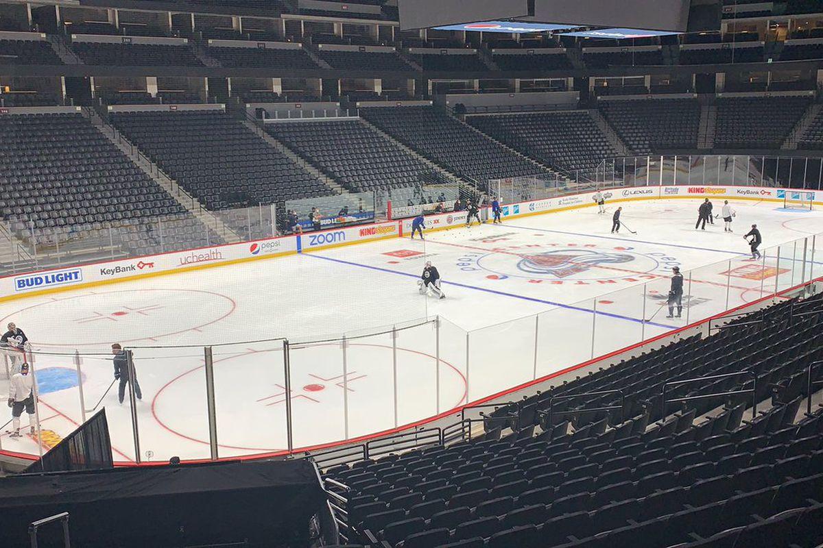 Colorado Avalanche practice at Pepsi Center