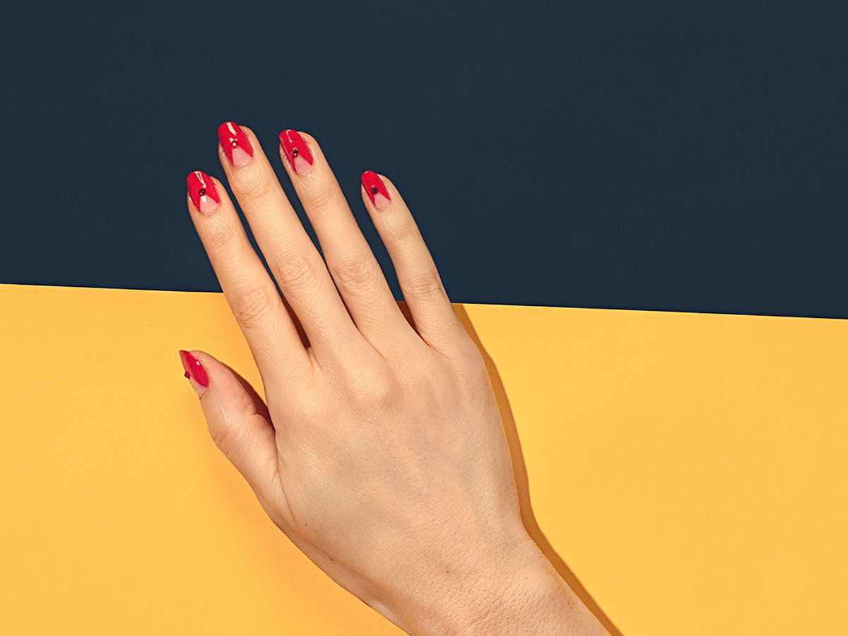 A Guide to New York City\'s Cool-Girl Nail Salons