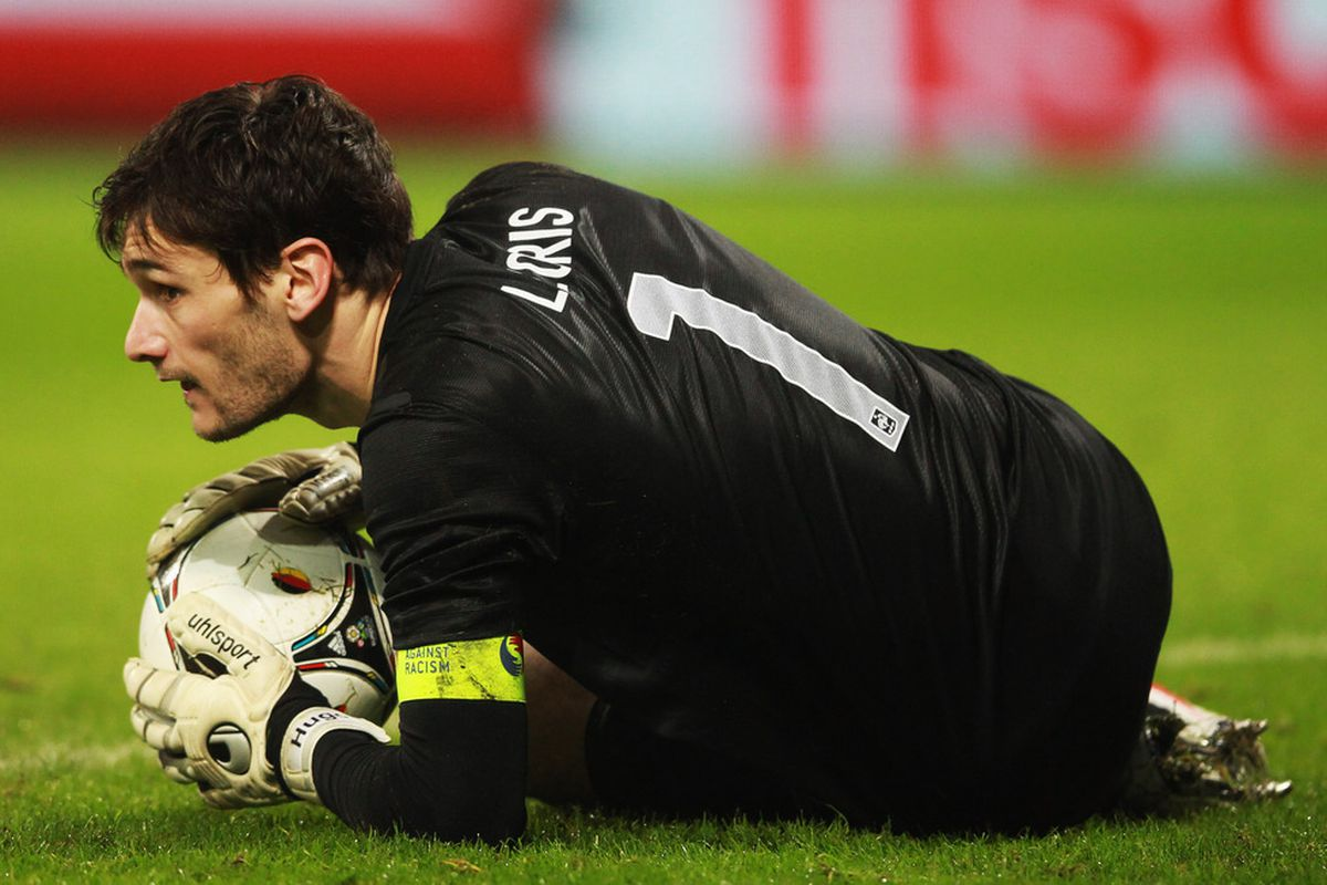 BREMEN, GERMANY - FEBRUARY 29:  Hugo lloris of France in action during the International friendly match between Germany and France at Weser Stadium on February 29, 2012 in Bremen, Germany.  (Photo by Joern Pollex/Bongarts/Getty Images)