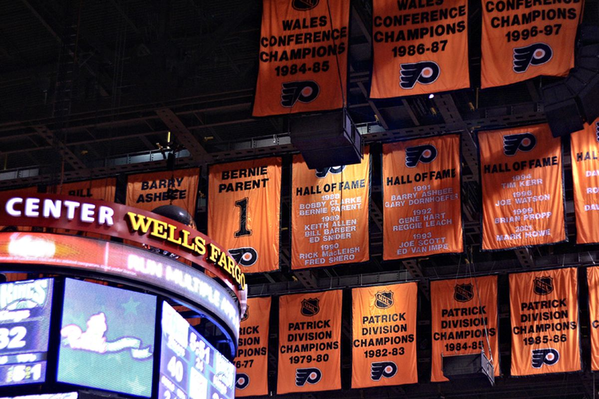 """That's a lot of orange. Image via <a href=""""http://picturephilly.com/wp-content/uploads/2011/04/flyers-banners-wells-fargo-center-philadelphia.jpg"""">picturephilly.com</a>"""