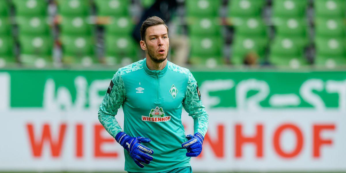 Chelsea looking at Werder Bremen goalkeeper Pavlenka at Čech's behest — report