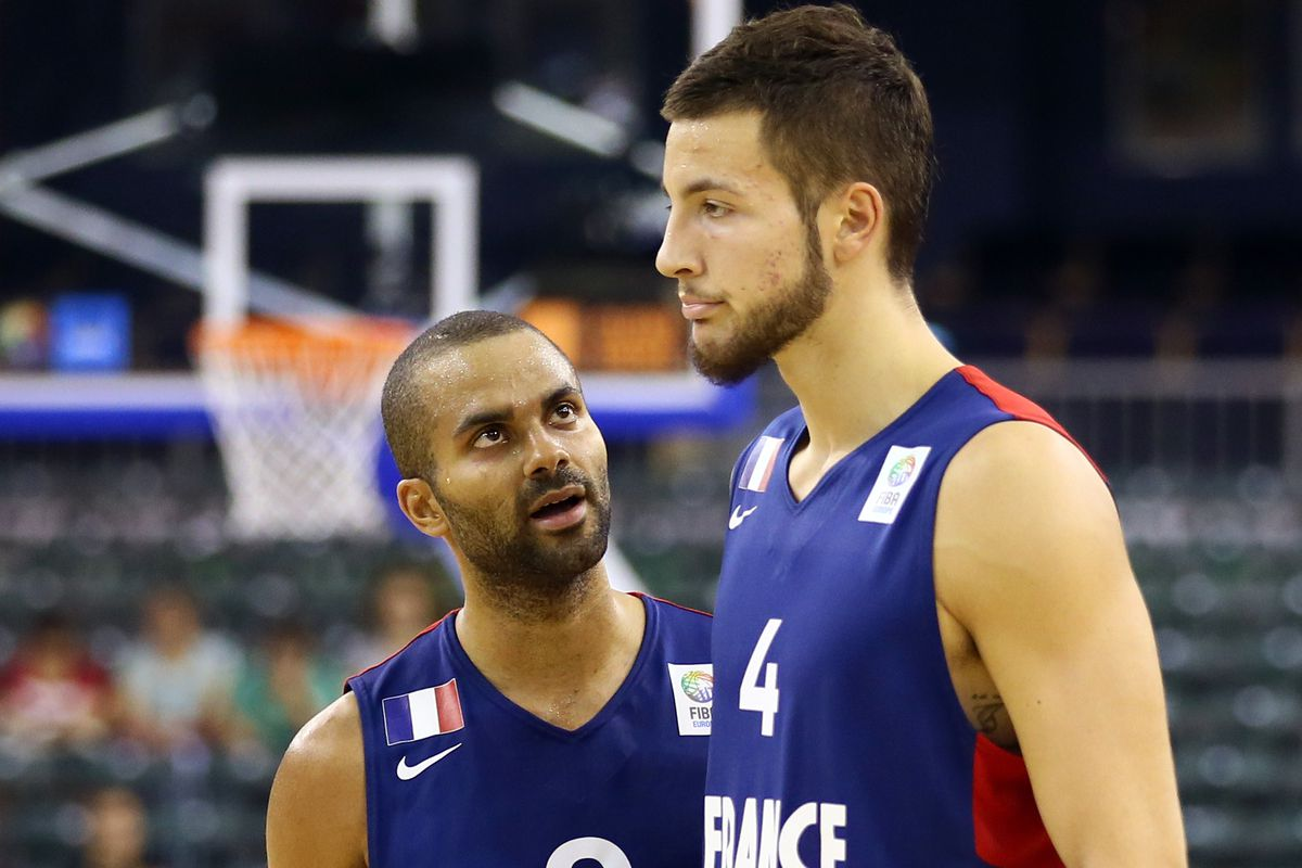 Tony Parker and Joffrey Lauvergne with the French National team.