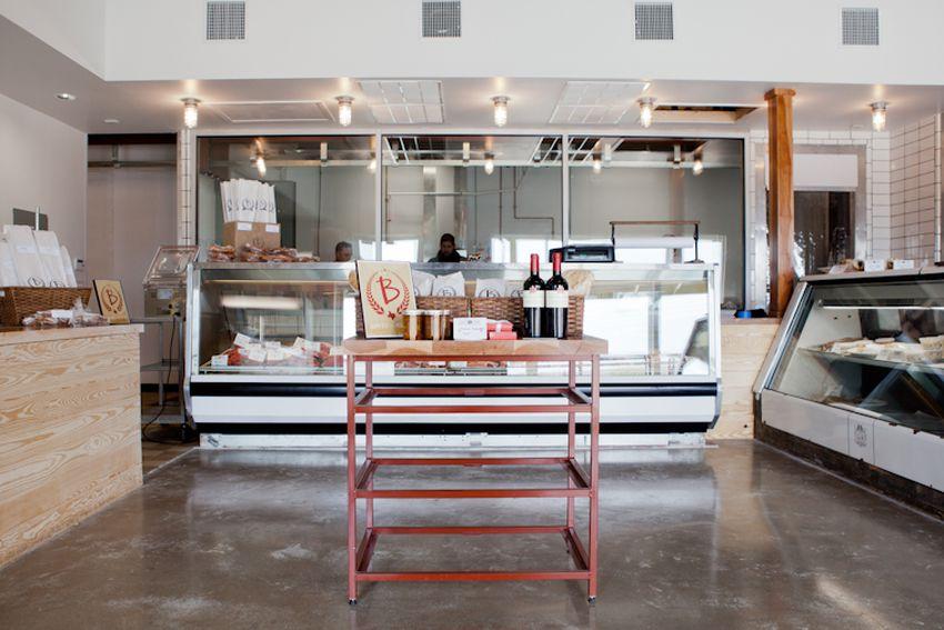 No Va Kitchen Bar Austin Tx