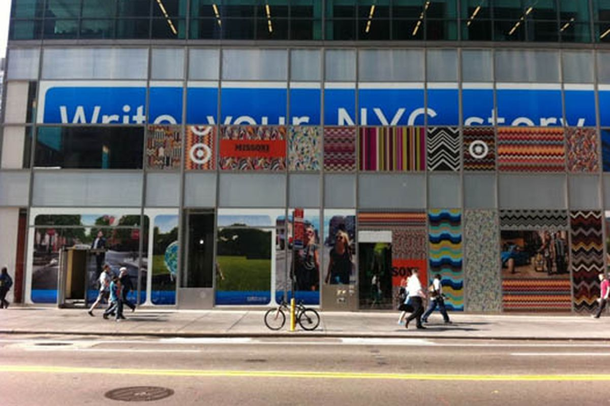 """Image via <a href=""""http://thejetshopper.com/2011/08/26/missoni-x-target-pop-up-shop-is-being-installed-now/"""">The JetShopper</a>"""