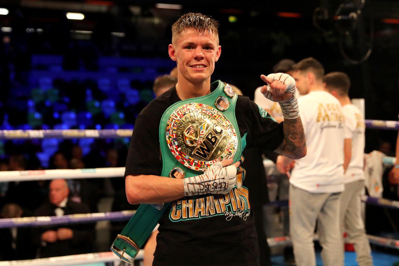 1137837732.jpg.0 - Edwards retains WBC flyweight title by shutout over Moreno