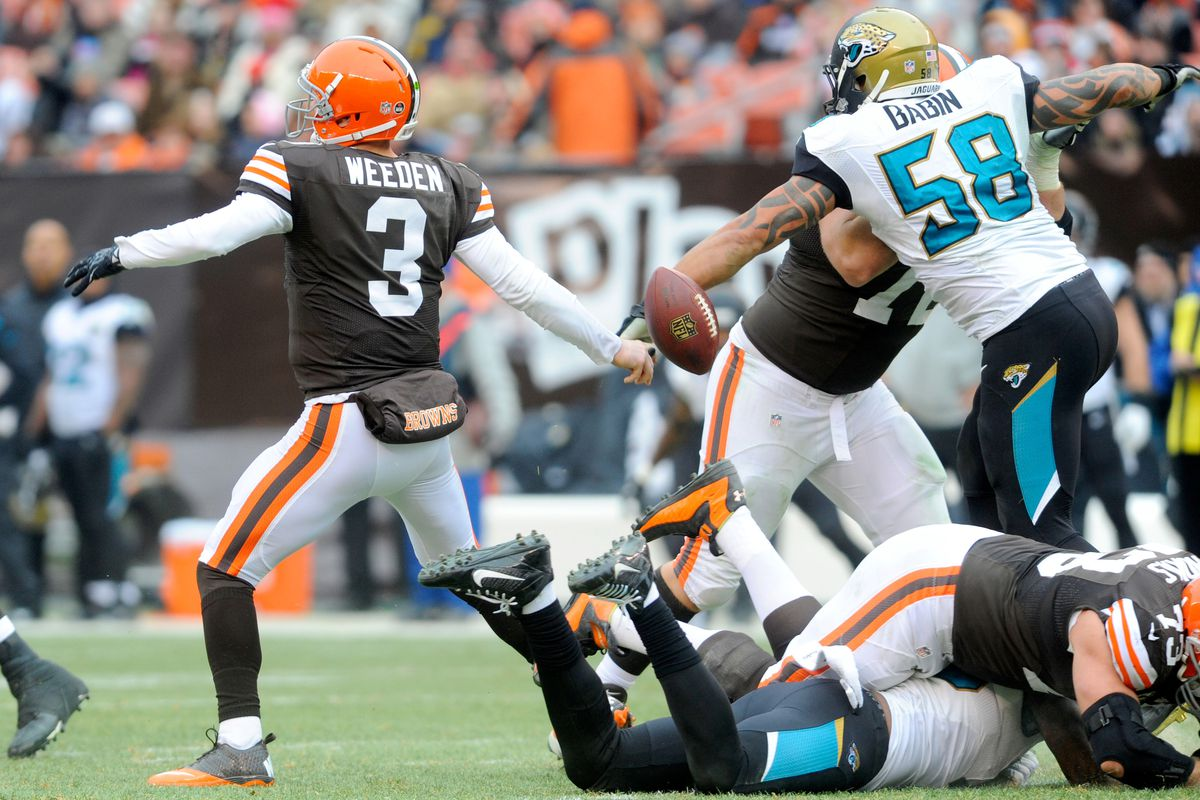 game review: browns lose 32-28 to jaguars, despite record-breaking
