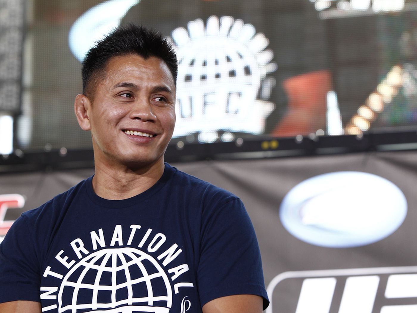 Morning Report Cung Le Says Its Wrong Dana White Made More Money
