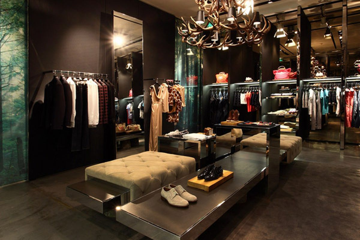 """Image of Dsquared2's Shanghai boutique <a href=""""http://experience.dsquared2.com/stores-locator/stores/shanghai/id/1214"""">via</a>"""