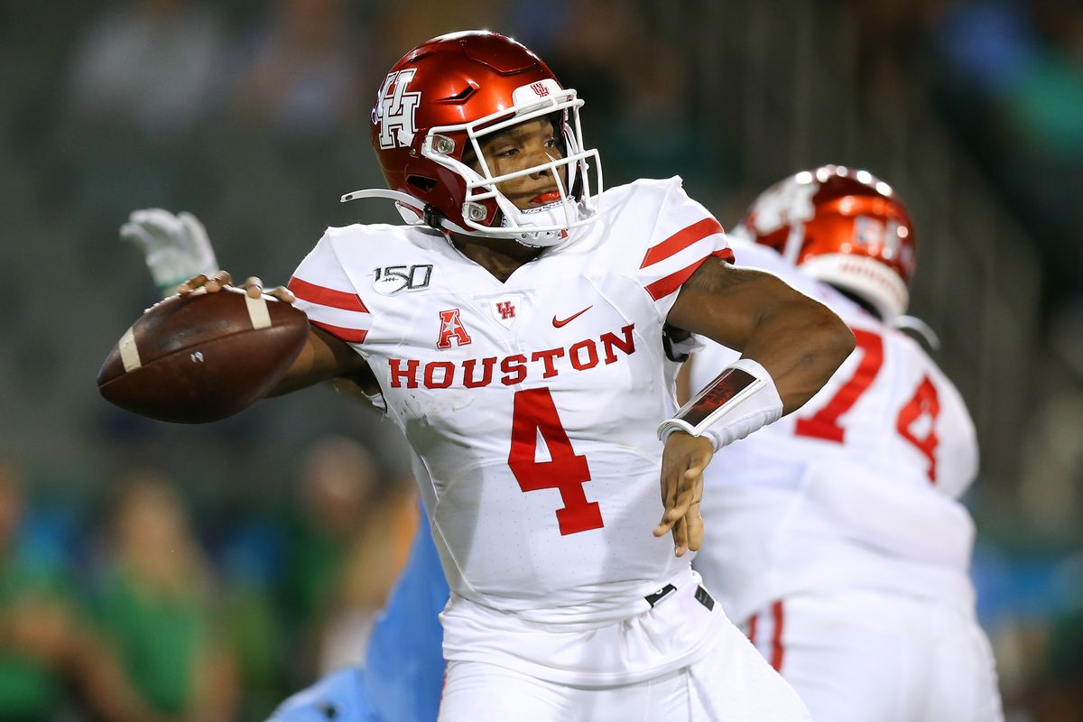 D'Eriq King of the Houston Cougars throws the ball during the first half of a game against the Tulane Green Wave at Yulman Stadium on September 19, 2019 in New Orleans, Louisiana.