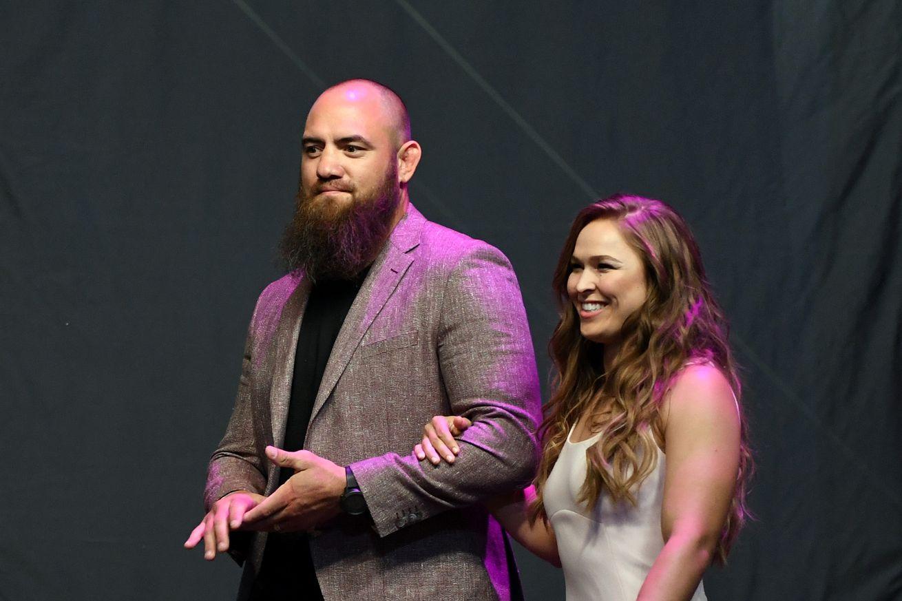 Ronda Rousey and Travis Browne announce birth of daughter La'akea Makalapuaokalanipō Browne