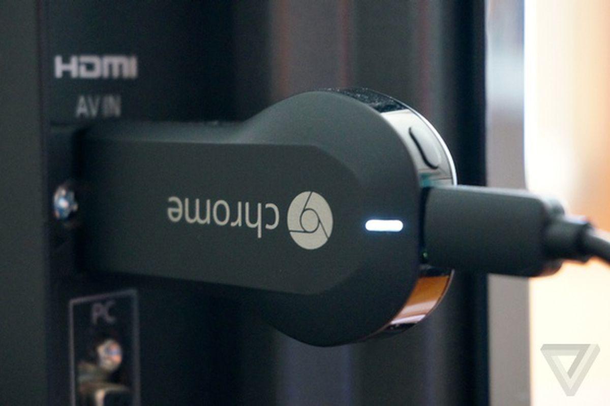Chromecast plugged 560