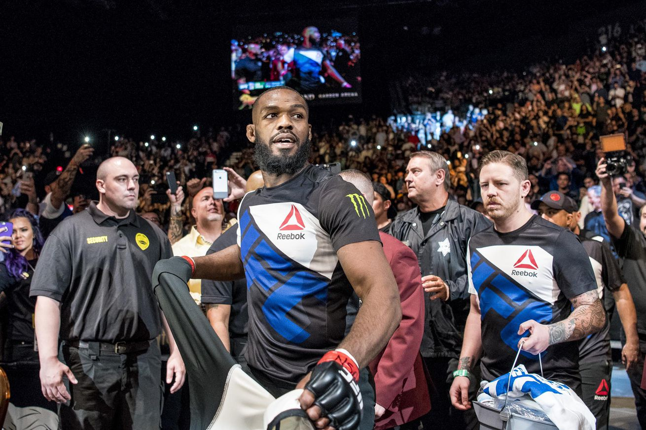 community news, Alexander Gustafsson thinks Jon Jones was juiced for UFC 165   'He was doing things he shouldnt be doing'