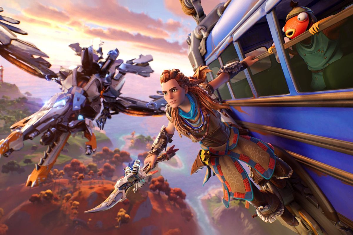 Aloy riding the Fortnite battle bus