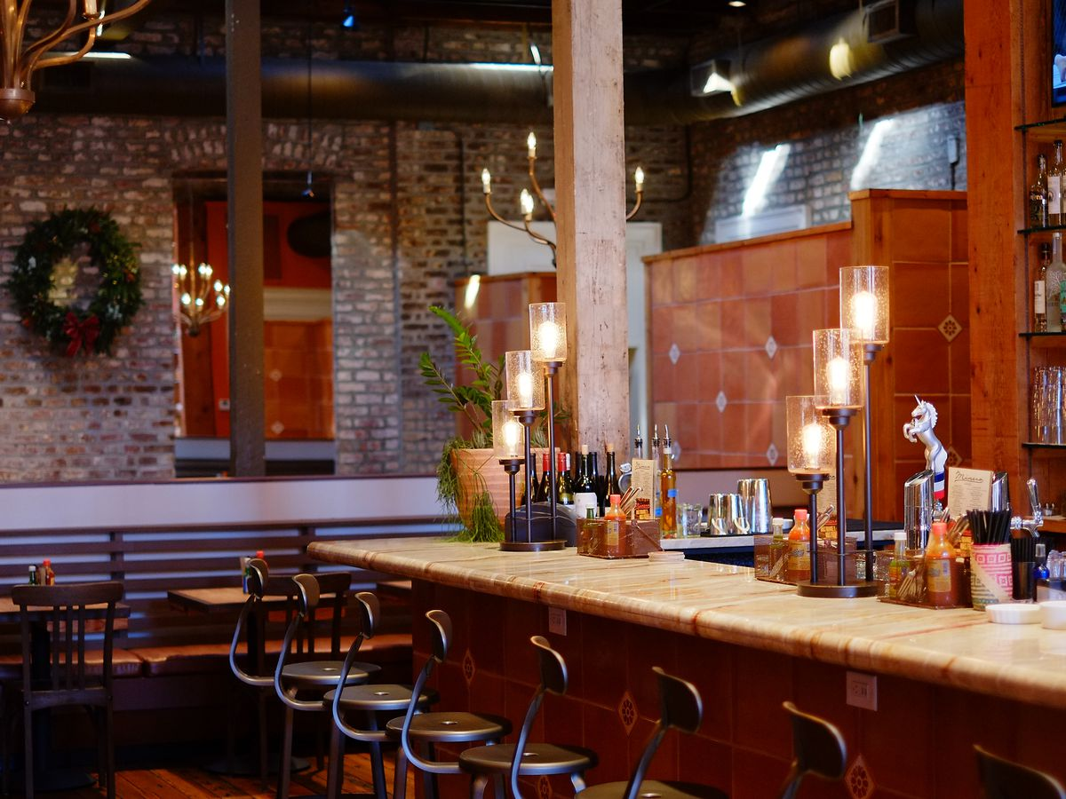 155 E Bay St Charleston Sc 29401 Lowcountry Meets Mexican Restaurant Minero Keeps A Gluten Free