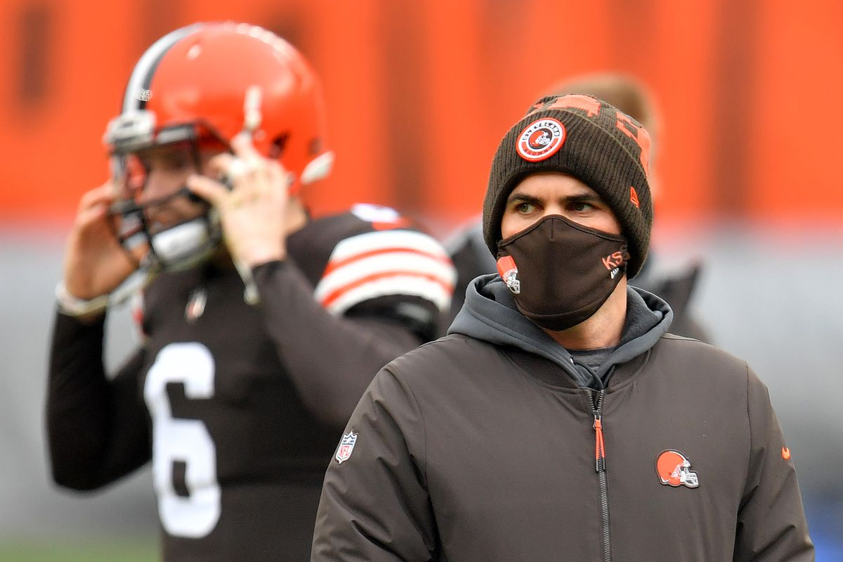 Head coach Kevin Stefanski of the Cleveland Browns looks on before the game against the Pittsburgh Steelers at FirstEnergy Stadium on January 03, 2021 in Cleveland, Ohio.