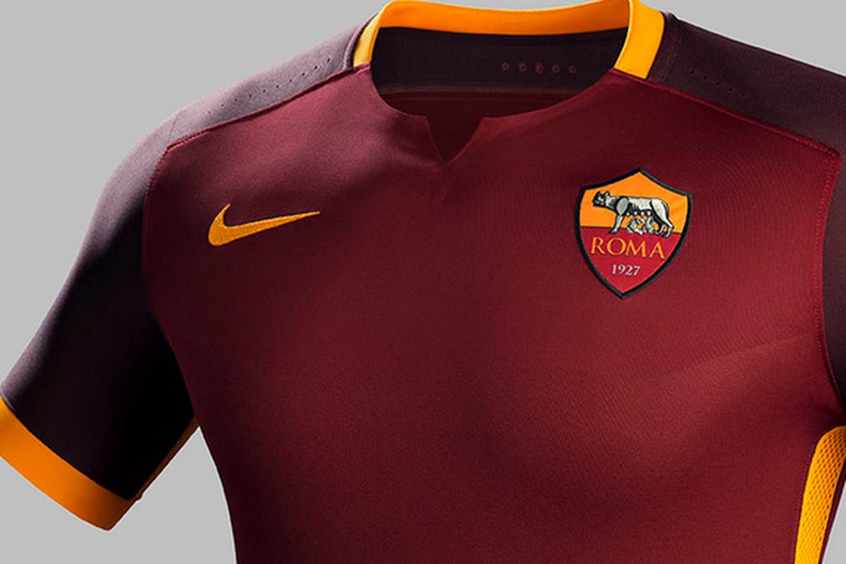 e69e3c117 Roma Unveils 2015-2016 Home Kit - Chiesa Di Totti