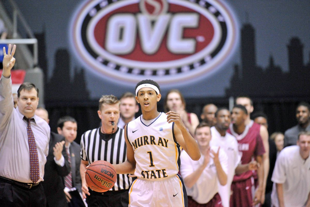 Cameron Payne does him some shooting for Murray State.