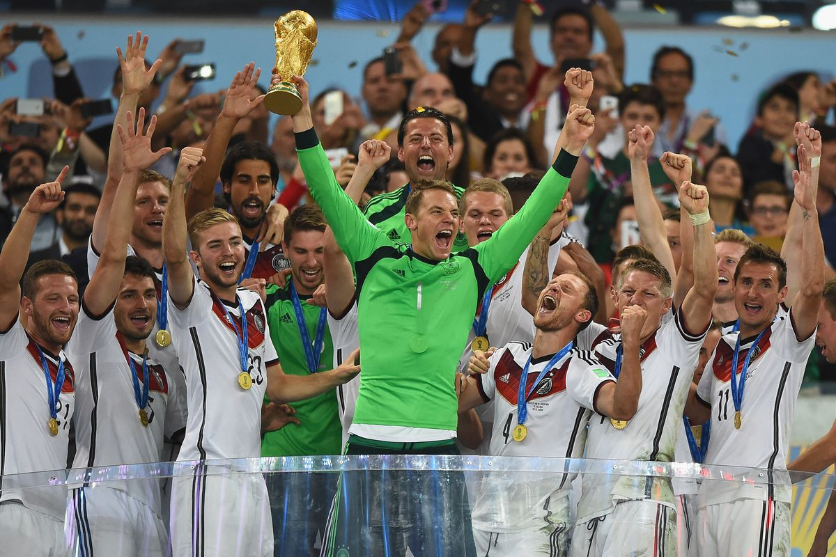 Manuel Neuer's legend grew 1000 times bigger from this World Cup.