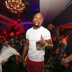 Floyd Maywether Jr. parties at Hyde.