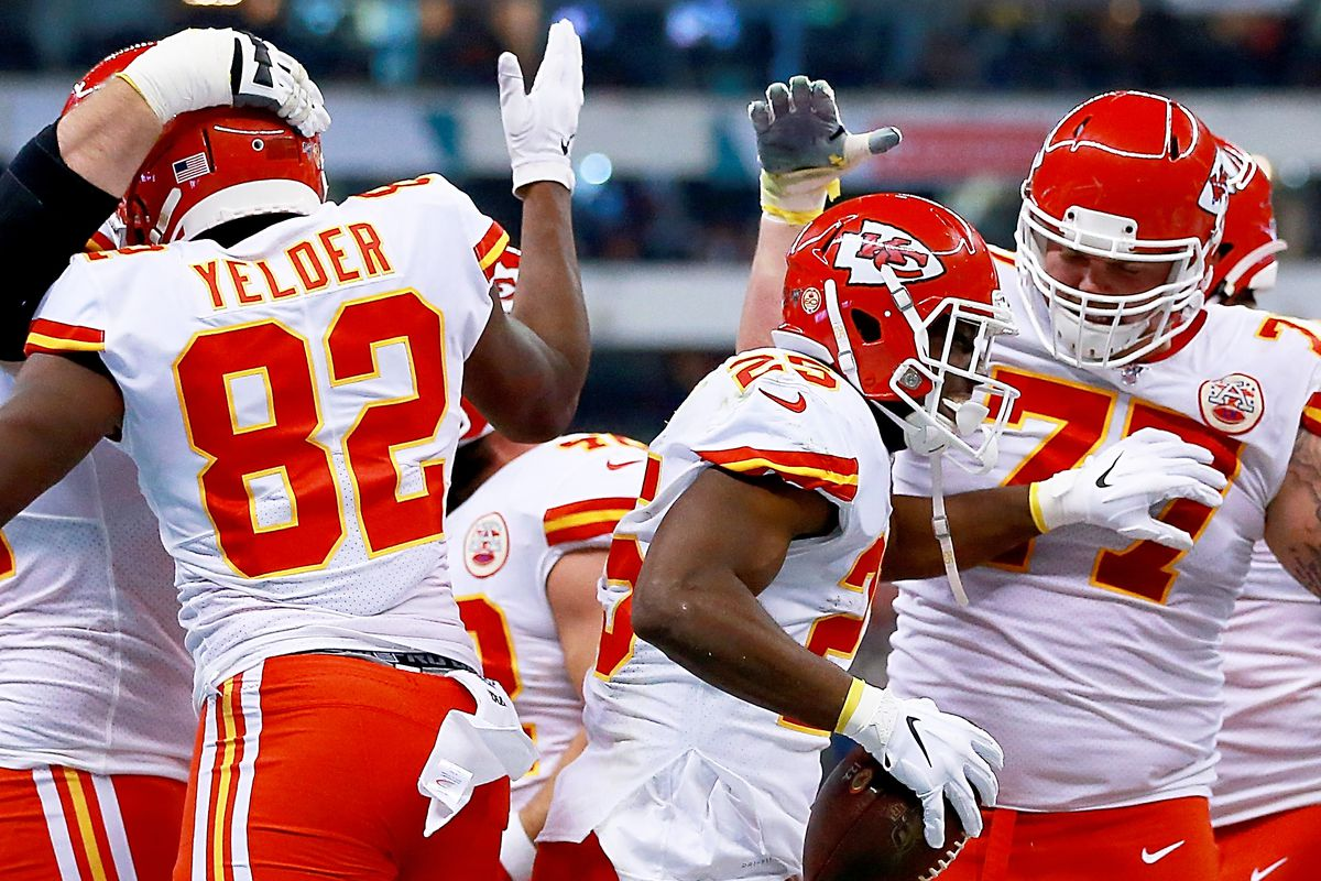 Running back LeSean McCoy of the Kansas City Chiefs and teammates celebrate his touchdown in the first quarter against Los Angeles Chargers at Estadio Azteca on November 18, 2019 in Mexico City, Mexico.
