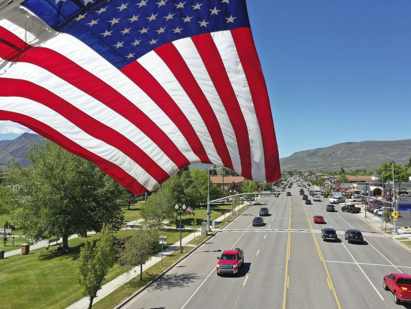 Marking Memorial Day amid coronavirus: Utahns break with tradition, but still honor fallen soldiers