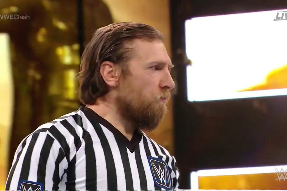 Kevin Owens & Sami Zayn keep their jobs on a Daniel Bryan fast count ...