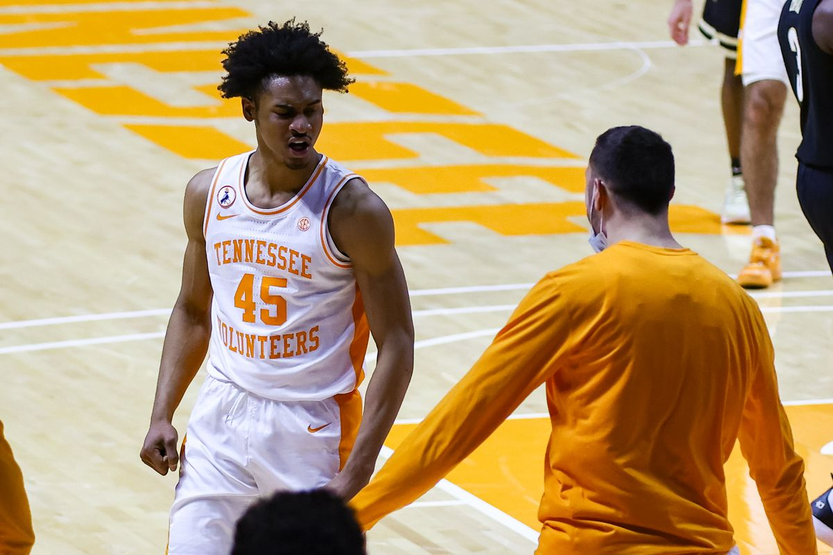 Tennessee Volunteers guard Keon Johnson and forward Uros Plavsic react to a play against the Vanderbilt Commodores during the second half at Thompson-Boling Arena.