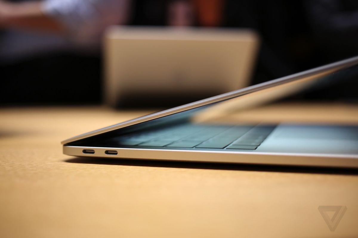 MacBook Pro 2016 hands-on photos