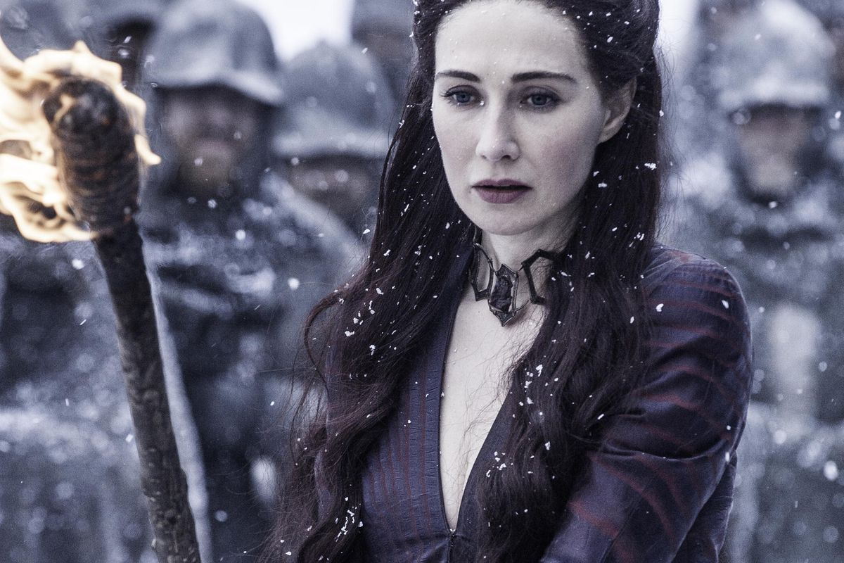 Melisandre carries out Shireen's execution.