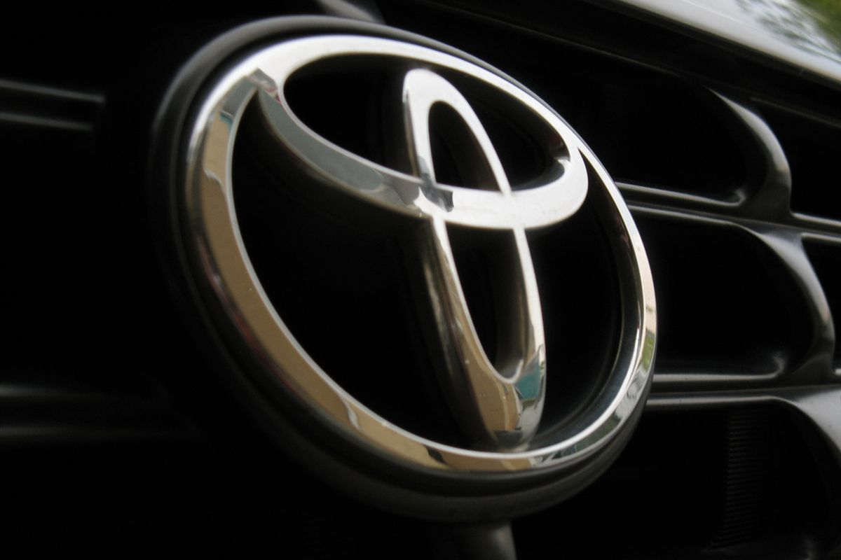 Toyota moves further away from Android Auto and CarPlay with