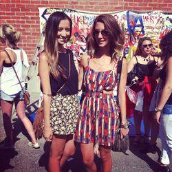 "Bollare's Jessica Bowler with blogger Kiara Schwartz of <a href=""http://tobruckave.blogspot.com/"">Tobruck Ave</a>"