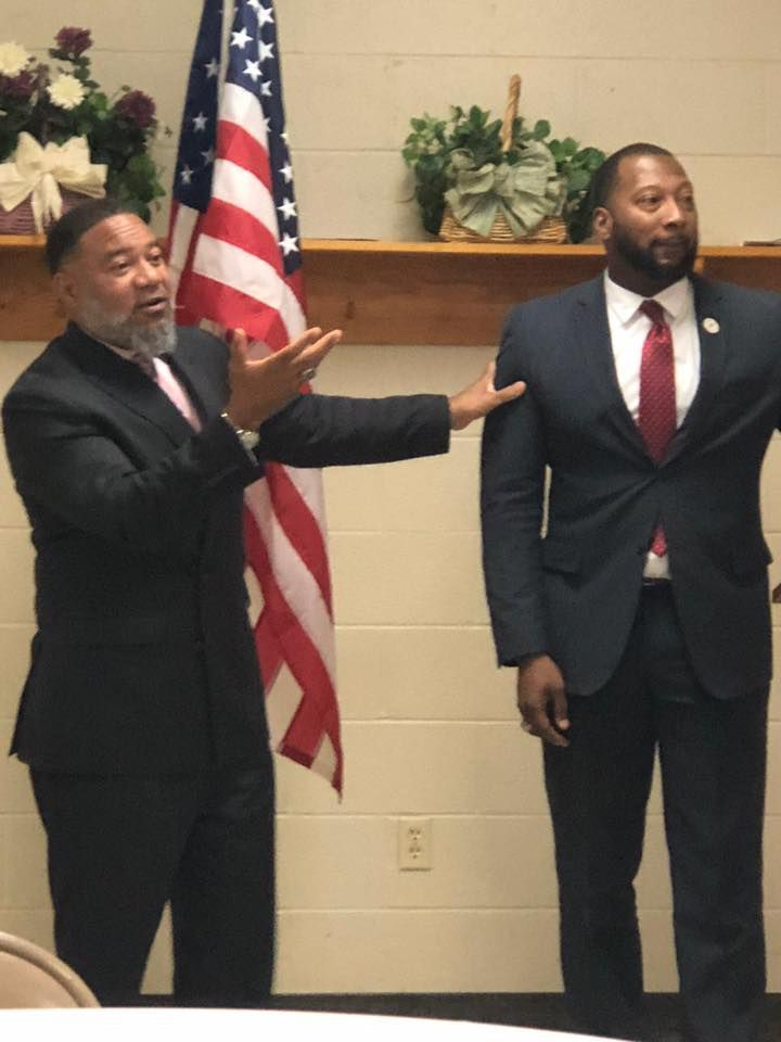 Bobby White introduced Rodney Peterson during a meeting of the Frayser Exchange Club.