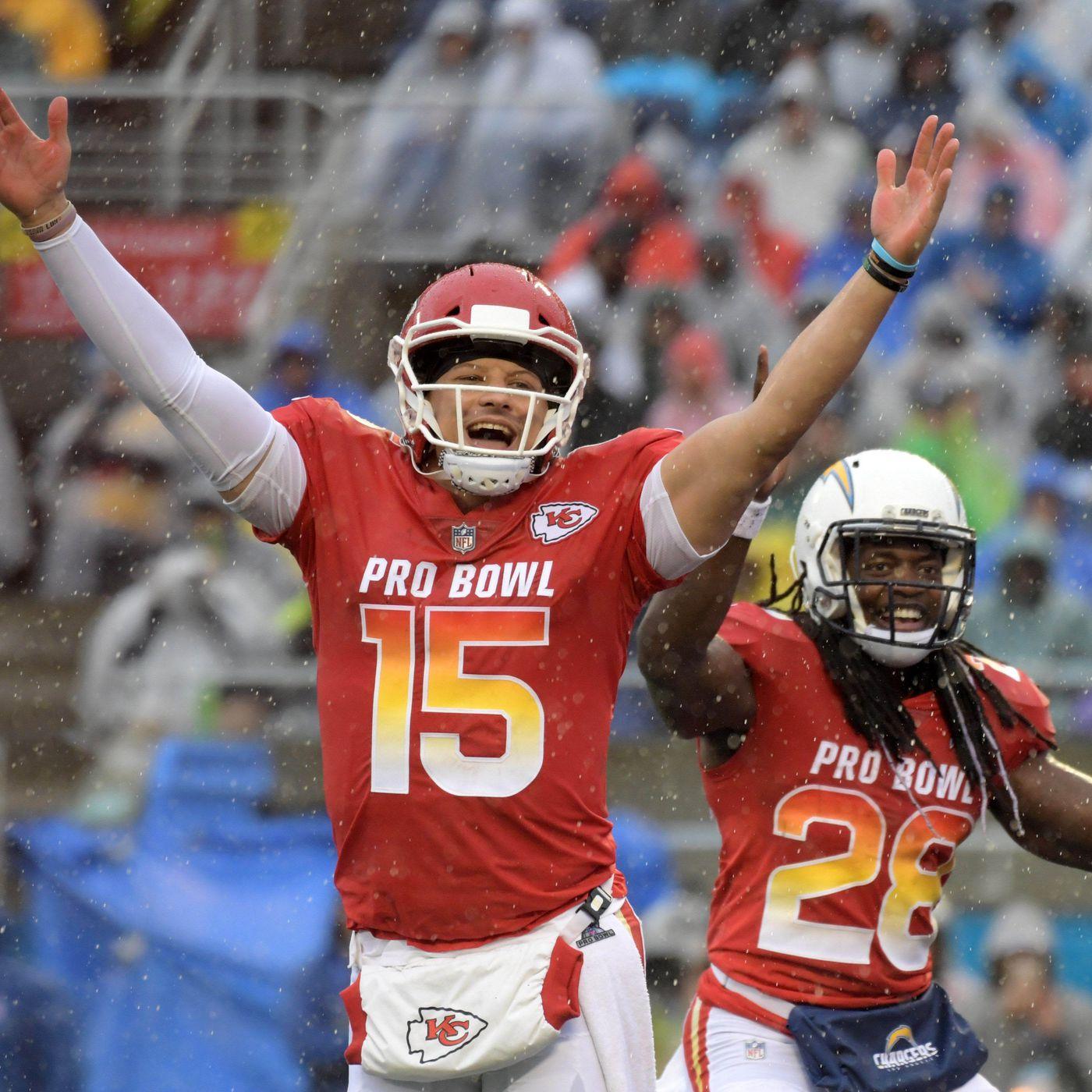 0e8c9c3ab2f Chiefs' Patrick Mahomes named offensive MVP of AFC's 26-7 Pro Bowl win -  Arrowhead Pride