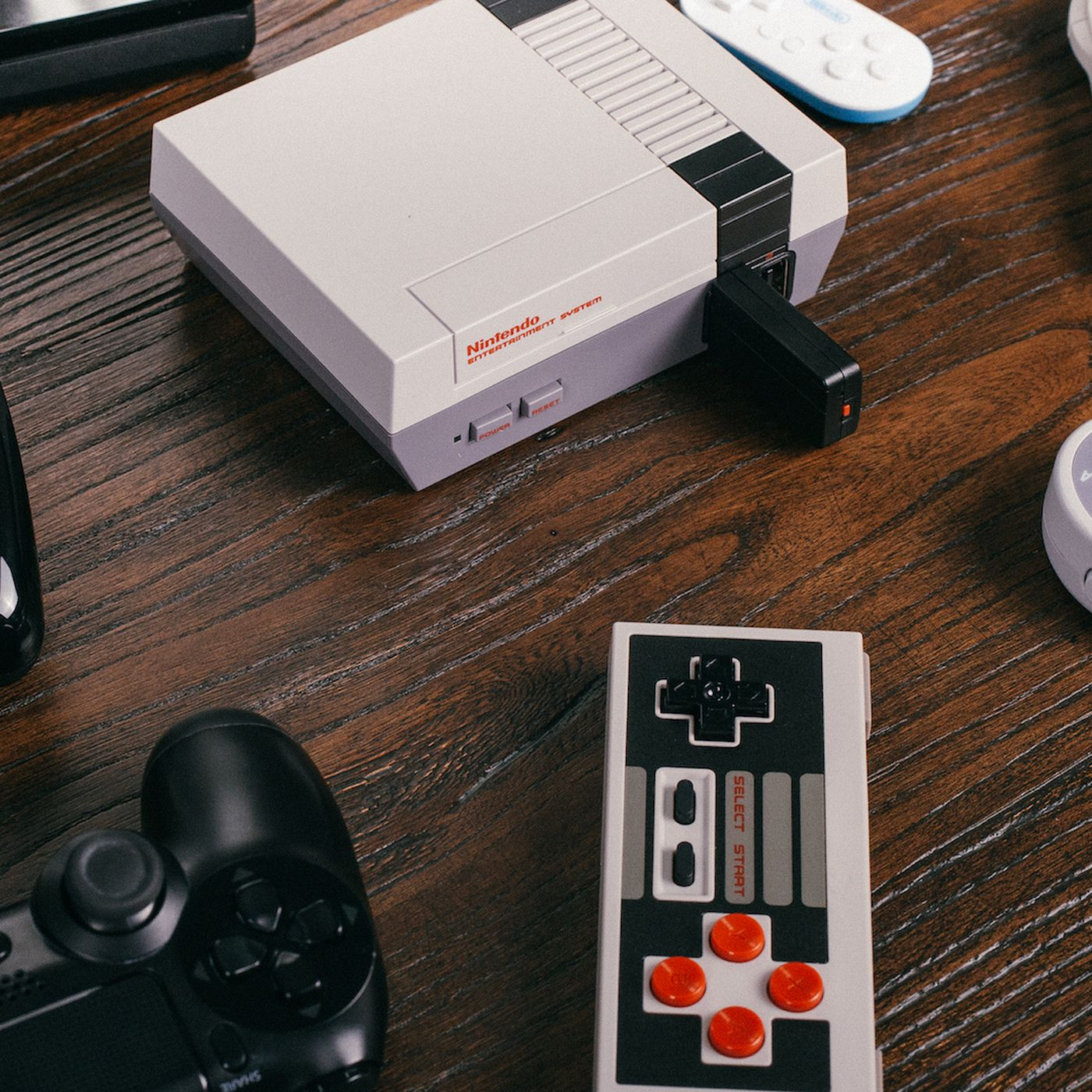 e876f7a6e859 The best NES Classic Edition wireless controller - The Verge
