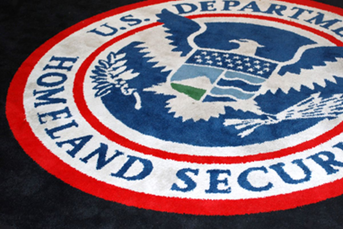 Heres what would happen if the department of homeland security a rug at a dhs building afgeflickr buycottarizona