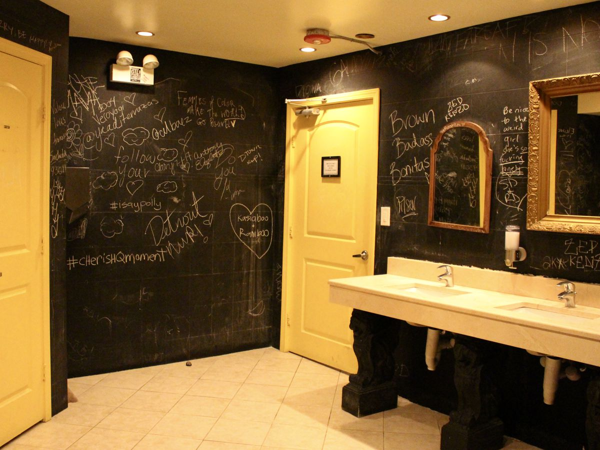 12 Chicago Restaurant Bathrooms You Ll Want To Put On Instagram Eater Chicago
