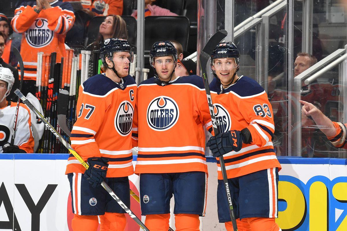 Philadelphia Flyers v Edmonton Oilers