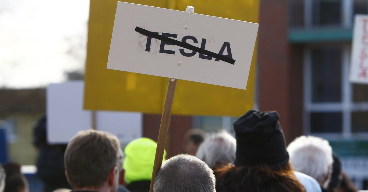 Tesla forced to pause Berlin Gigafactory work after challenge from environmentalists