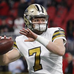 New Orleans Saints quarterback Taysom Hill warms up before the first half of a game between the Atlanta Falcons and the New Orleans Saints, Thursday, Dec. 7, 2017, in Atlanta.