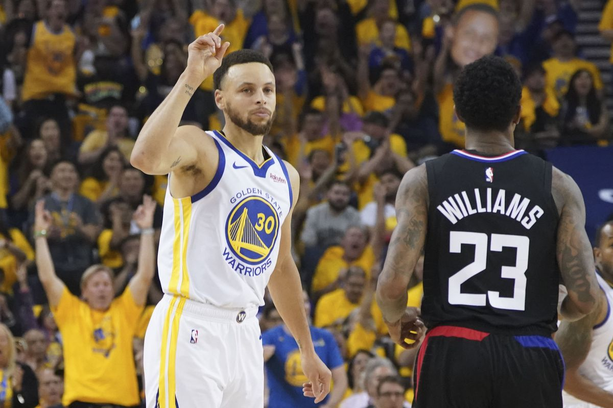 bc190b2d3a4 Warrior Wonder  Stephen Curry dominates the Clippers to open 2019 NBA  Playoffs