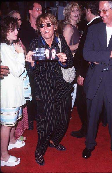 Emma Thompson on the red carpet for 'Face/Off'