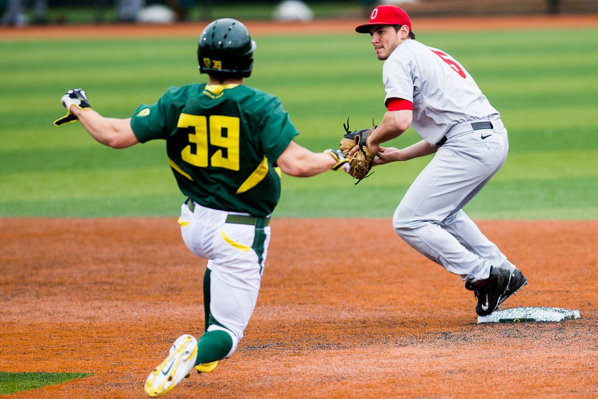 Kuhn's big weekend paced the Ohio State sweep