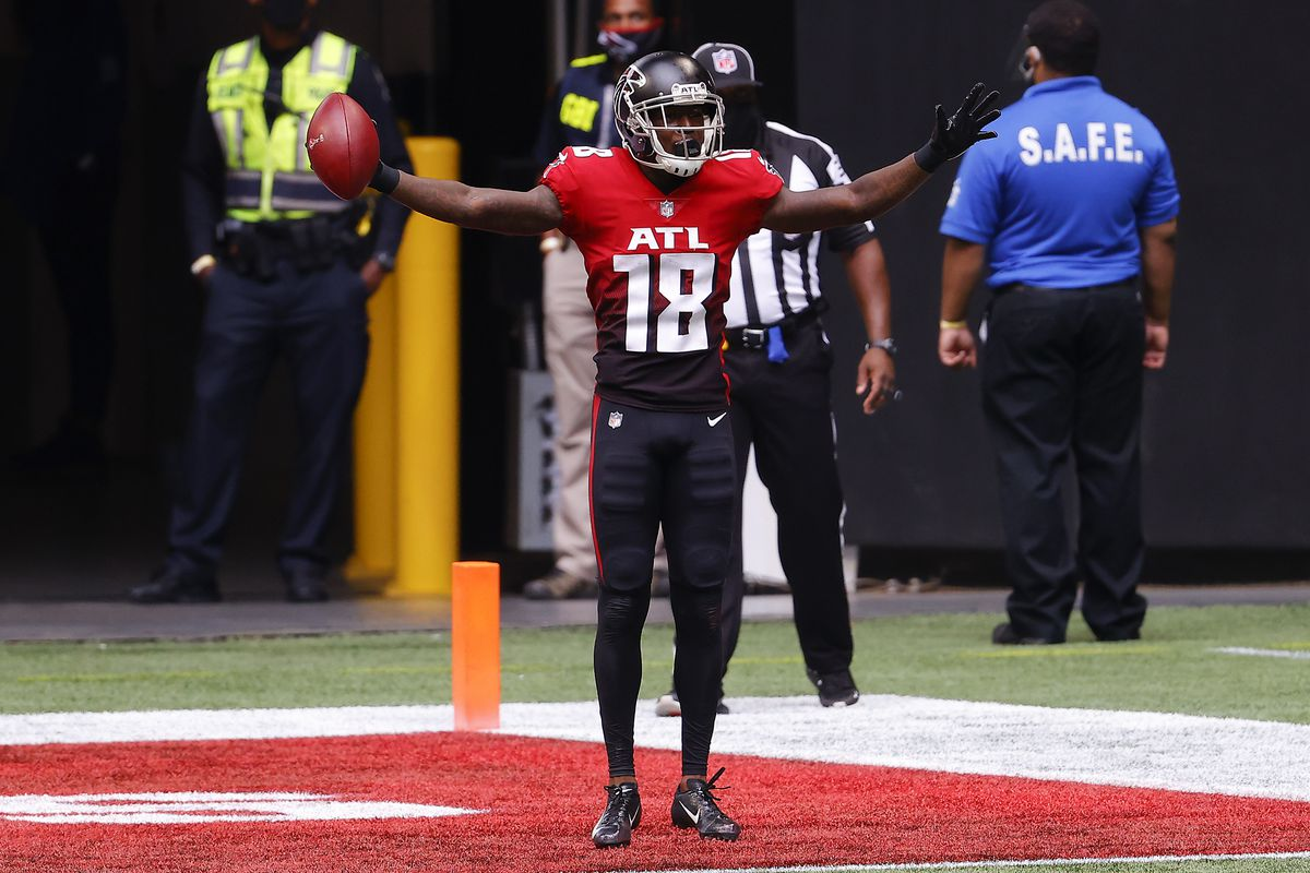 Calvin Ridley #18 of the Atlanta Falcons celebrates his two point conversion reception against the Detroit Lions during the second half at Mercedes-Benz Stadium on October 25, 2020 in Atlanta, Georgia.