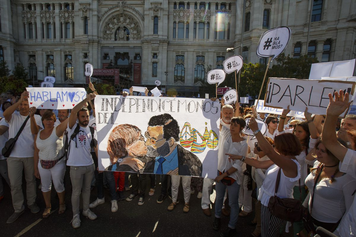 Protest In Madrid To Ask For Dialogue Ahead Of Possible Catalonian Independence
