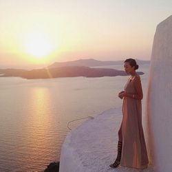 """""""This past summer I visited Greece for the first time, and it was by far the most unforgettable trip. The island of Santorini particularly took my breathe away for its magnificent view of the Aegean sea, and of course the world famous sunset. In my opinio"""